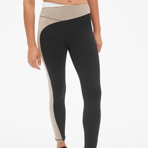 GAP Colorblock leggings